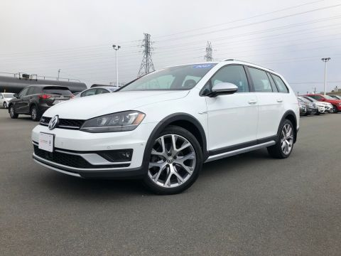 Certified Pre-Owned 2017 Volkswagen Golf Alltrack 1.8 TSI AWD